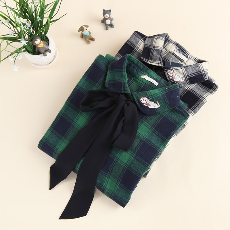2 colors -- Bow sash tie plaid autumn winter long sleeve peter pan collar cat kitty embroidery long shirt blouse(China (Mainland))