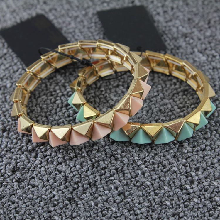 10 pc/lot free shipping new fashion jewelry delicate acrylic spike stretch bracelet(China (Mainland))