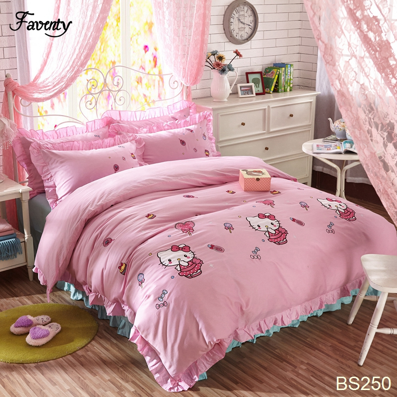 100% cotton design hello kitty kids bed set Cartoon Bed Cover Set Queen King Size 100%Pure Cotton Bedspread(China (Mainland))