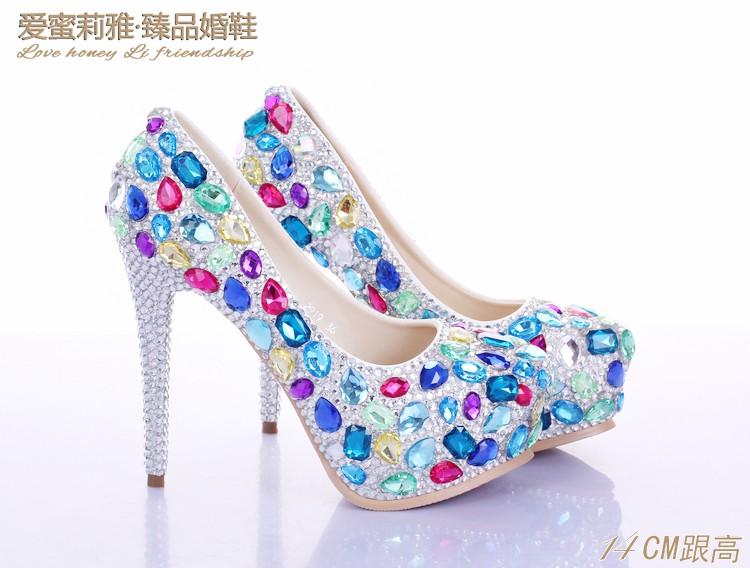 ซื้อ หลายสีrhinestoneรองเท้าเจ้าสาวรองเท้าส้นสูงส้นเท้าเป็นพิเศษบางรองเท้าตื้นปากแหลมรองเท้านิ้วเท้า