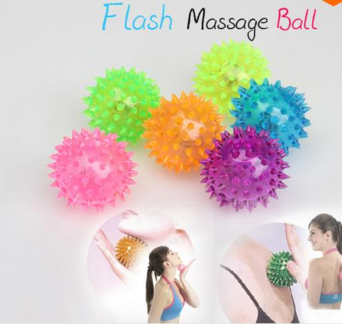Hot-Novelty Sensory Hedgehog Bal Flashing Light Up Spikey High Bouncing Balls(China (Mainland))