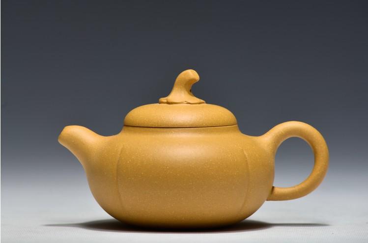 The Real yixing teapot purple clay teapot Famous Manual hoist teapot 260 ml(China (Mainland))