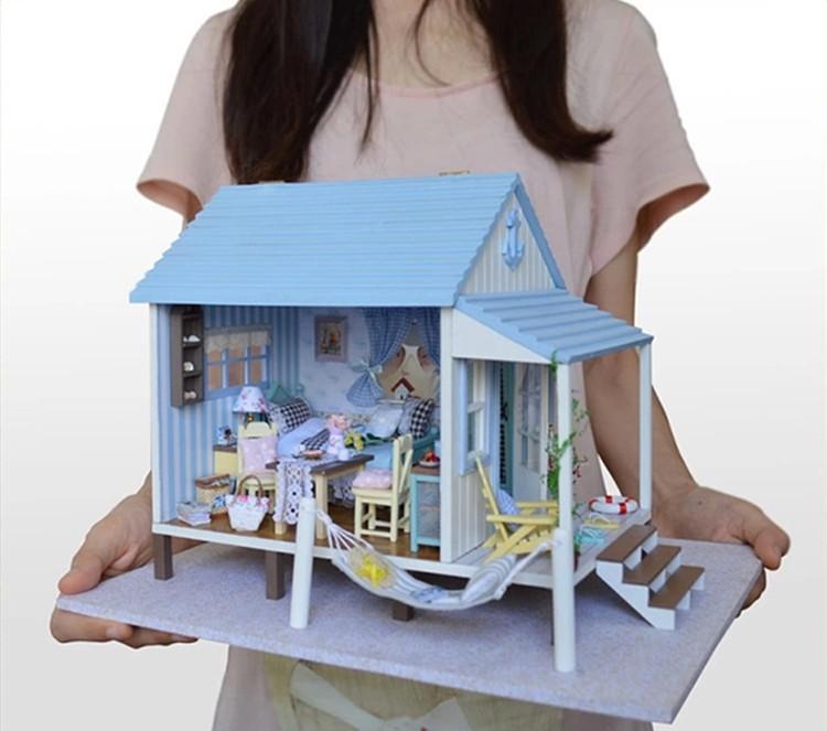 Wooden Dolls house 3D Miniature Kit