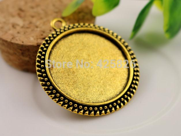 2pcs 30mm Inner Size Antique Gold Classic Style Cabochon Base Setting Charms Pendant (B7-05)(China (Mainland))