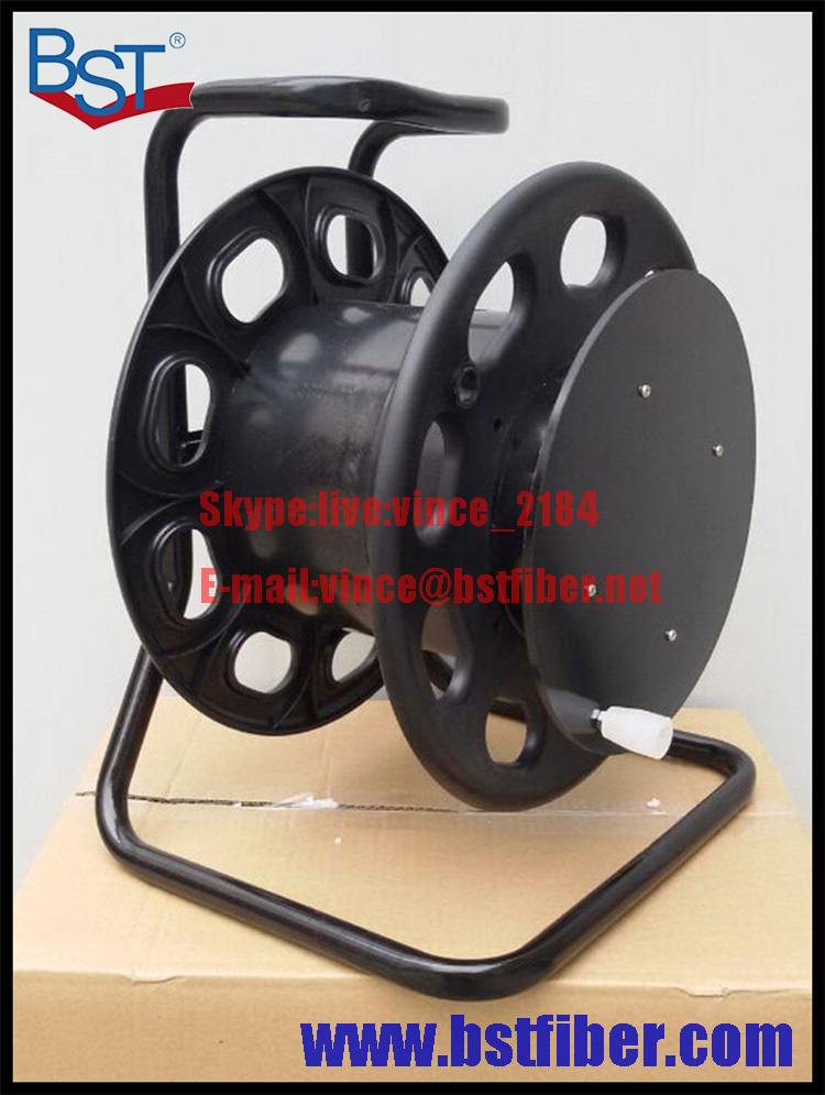 Cable Reel Field Fiber Optic Armored Cable Fiber Optical Tactical Fibre with Real for TV Transmission Army Fiber Optical Cable(China (Mainland))