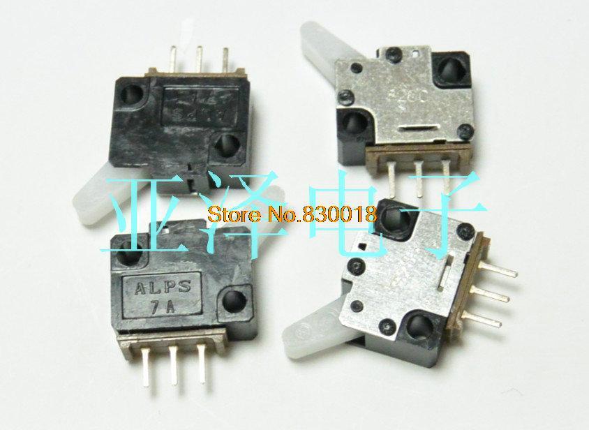 Здесь можно купить  [ SA ]ALPS Alps SSCTL10600 detection switch reset switch Micro Switch Type--200PCS/LOT  Электротехническое оборудование и материалы