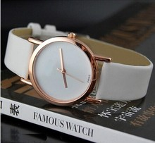 Caliente 2015 patrón Classics ronda mujeres del reloj de cuero de lujo ocasional partido hora cristales de cuarzo mujeres se visten Watchs relogio feminino