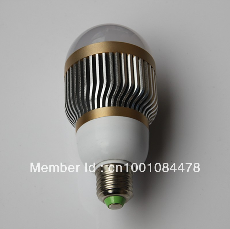 New green 7W 90-265V E27 bubble ball bulb Led Lamp Aluminum&Gold cool white warm white 7*1W 180 degree 2years warranty(China (Mainland))