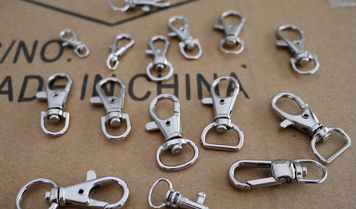 38mm 3.8g Stainless steel Alloy Pet Dog Buckles belt Hook Clips For Dog Strap ring fastener metal Buckle Diy Accessories E184(China (Mainland))