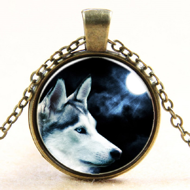European steampunk style moon shadow wolf retro glass dome art photo pendant long chain necklace jewelry item 5pcs/lot LY0070(China (Mainland))