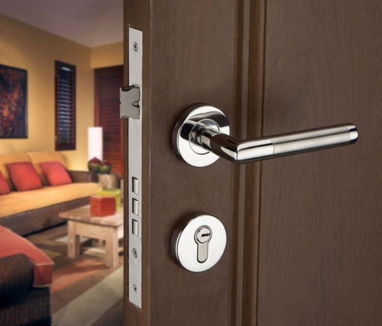 Гаджет  Free shipping!Stainless Steel Lever Handle Security Door Lock /Door Handle Keyed Locks For Wooden door None Аппаратные средства