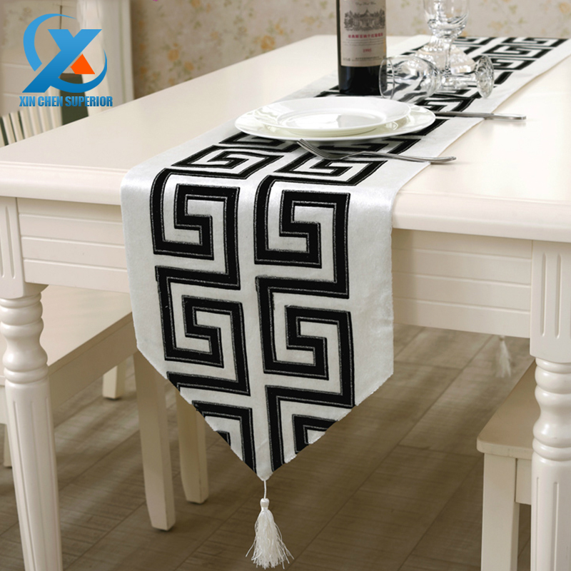 32x210cm Flocking Modern Geometric Pattern Bronzing Table Runner Cloth Wedding Table Runner Home Party Decoration Fast Shipping(China (Mainland))