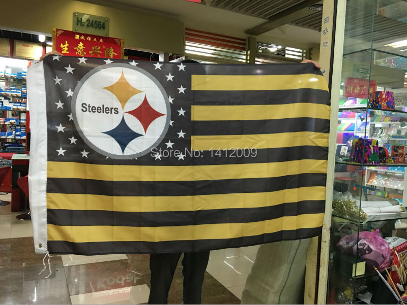 The Pittsburgh steelers football team at a premium flag 3 feet by 5 feet Free shipping(China (Mainland))