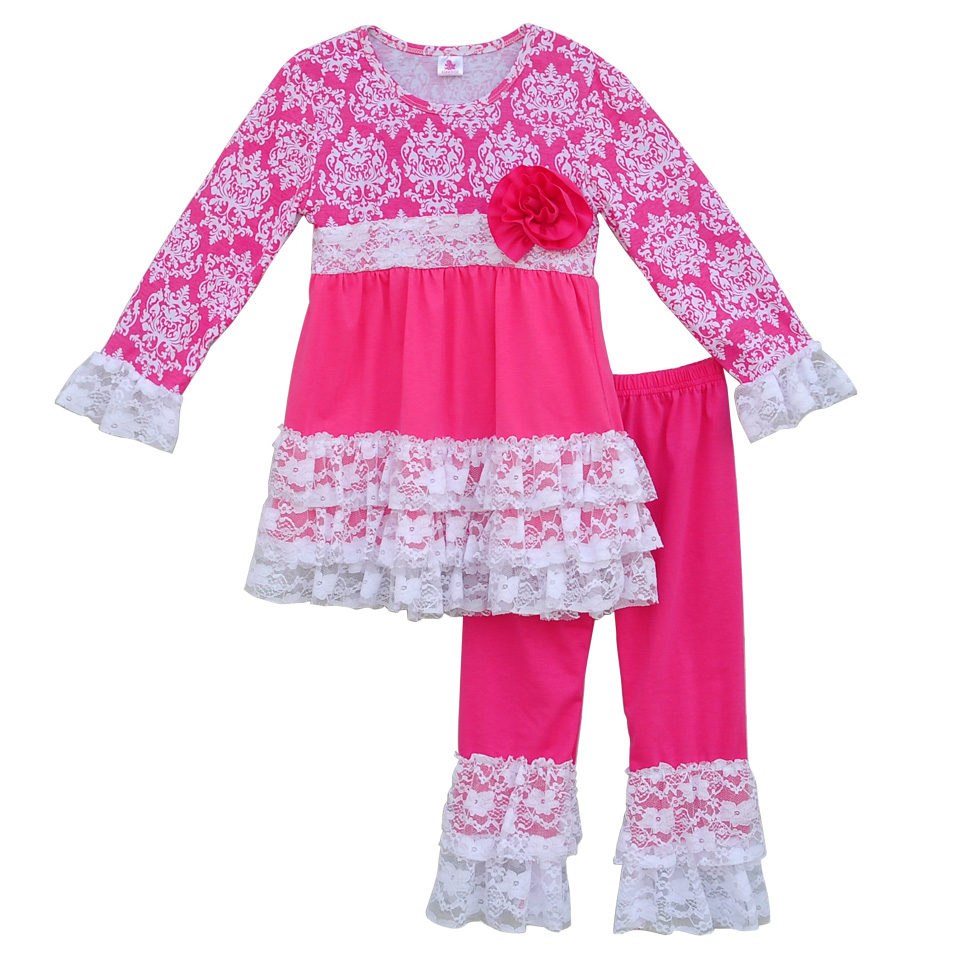 About Us Our selection of girls clothing includes both classic and trendy fashion so you can dress your little girl appropriately for a day at the park, her first day of school, church or a special occasion, such as a wedding or pageant. Sophia's Style carries a variety of sizes: newborn baby girl clothes, infant girl clothes, toddler girl.