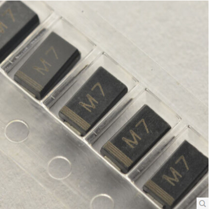 Free Shipping One Lot 100pcs SMD 1N4007 Rectifier Diode 1A 1000V M7 Original(China (Mainland))