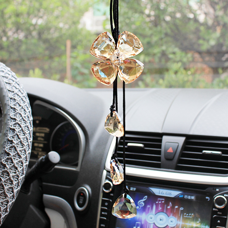Creative luxury car Crystal Pendant Fashion diamond ornaments clover car accessories(China (Mainland))
