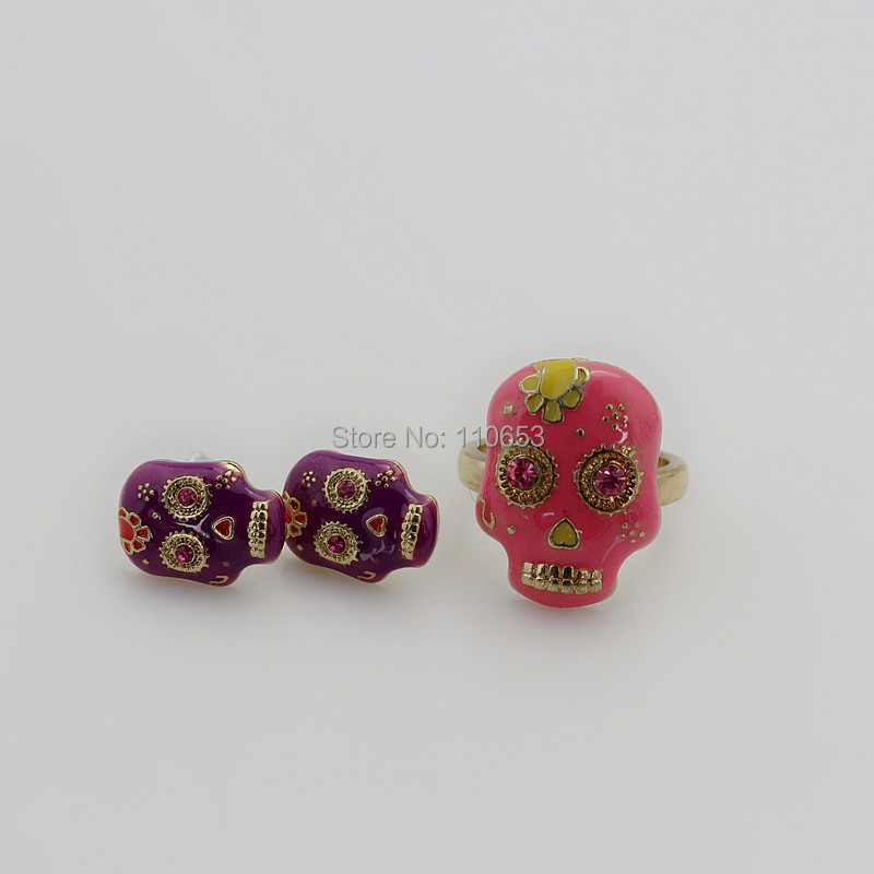 2 set/lot 2015 latest design delicate punk enamel engraved flower skull ring set(China (Mainland))