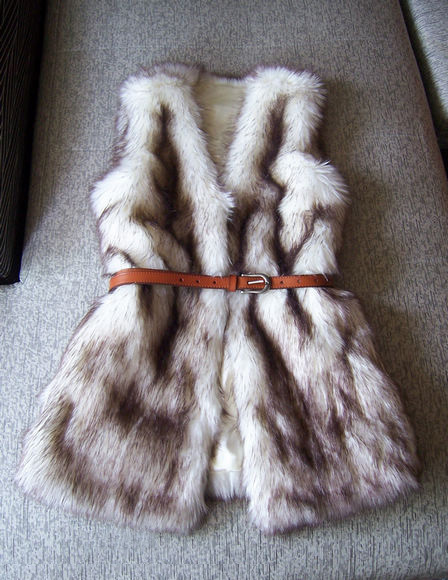Autumn & Winter Women's Faux fox fur Vest Long Style V-collar False Fur Vest New fashion Coffe White  2015 Free Shipping