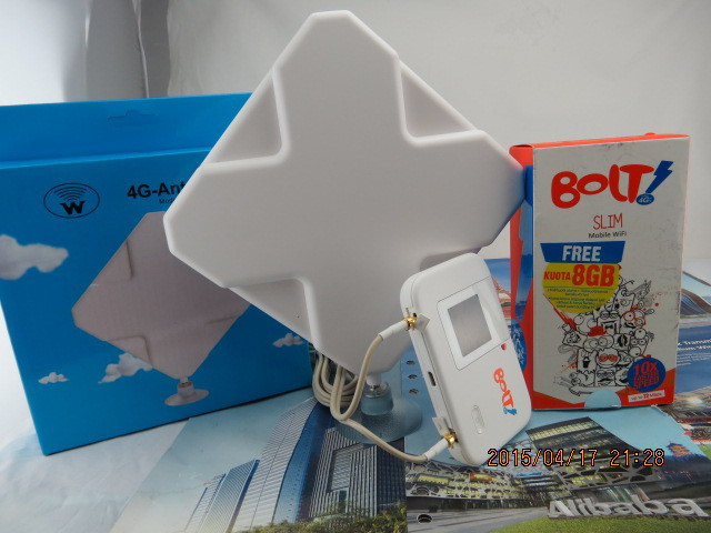 35dbi TS9 Antenna+Unlocked Huawei E5372s 4G Router++ Thick battery 3560mAh(China (Mainland))