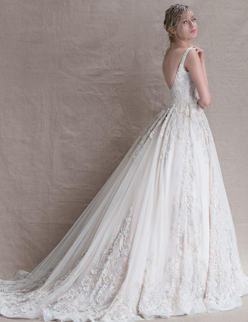 Luxury wedding dresses 2016 scoop a line bling beaded for Add sparkle to wedding dress