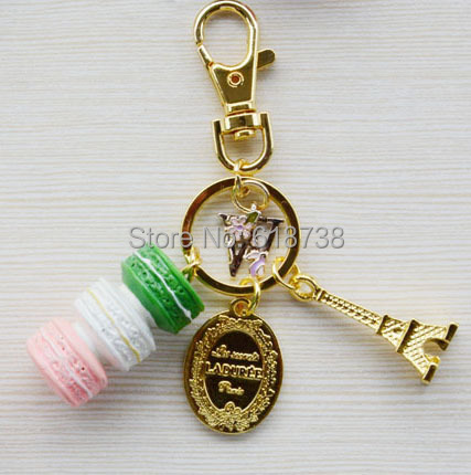 2015 New Macaroon keychain with W letters.jpg