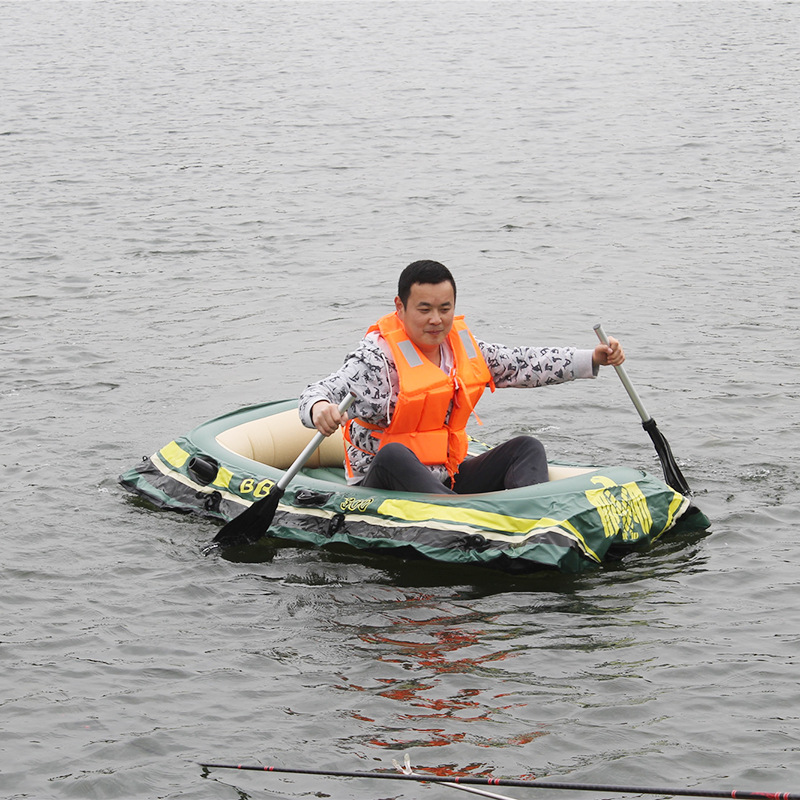 Fishing boat 4 people Thickening Inflatable Boat Dinghy Kayak Assault Boats Drifting Folding Wholesale lifeboat Load 400Kg(China (Mainland))