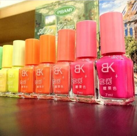 Free shipping new Popular nail art candy colors Luminous Nail Polish / Fluorescent nail Enamel 20 colors for chose(China (Mainland))
