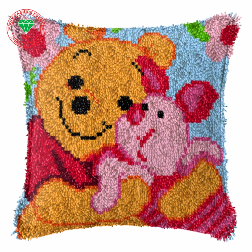 Compra crochet heart cushion online al por mayor de china for Alfombras de esmirna