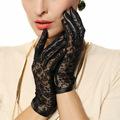 Medival Lolita Women Lace Genuine Leather Gloves Wrist 2017 Top Fashion Lady Dressing Solid Lambskin Glove