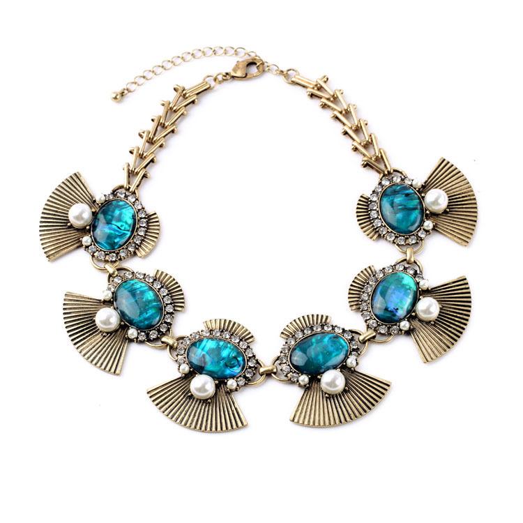 Summer Style Best Seller Fan-Shaped Shell Paper Bib Pendants Vintage Fan Noble Emerald Necklace Pearl Jewelry Women Accessories(China (Mainland))