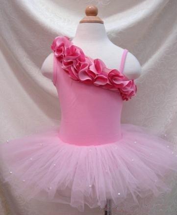 EMS/DHL Free Shipping Wholesales Kids Girls One Shoulder Princess Ruffles pettiskirt pom pom ballerina dress 2 colors NEW !(China (Mainland))