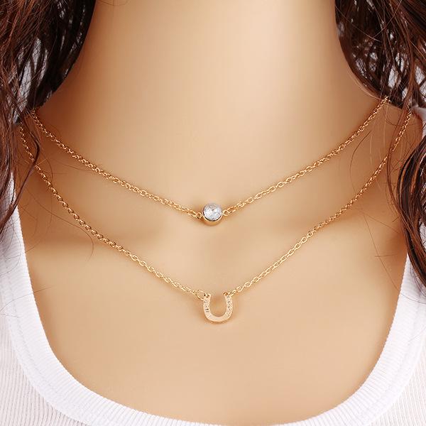 Fashion retro multilayer crystal horseshoe necklace clavicle short chain necklace free shipping(China (Mainland))