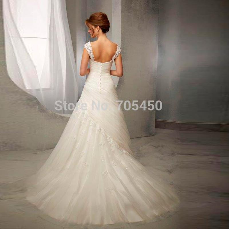 Elegant Lace Wedding Dresses V neck Vintage Wedding Dresses Floor Length Wedding Gown