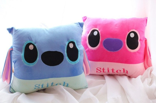 1pc Lilo Stitch Warm Hands Pillow Cushion Plush Toys Stuffed Toy 2 colors available(China (Mainland))