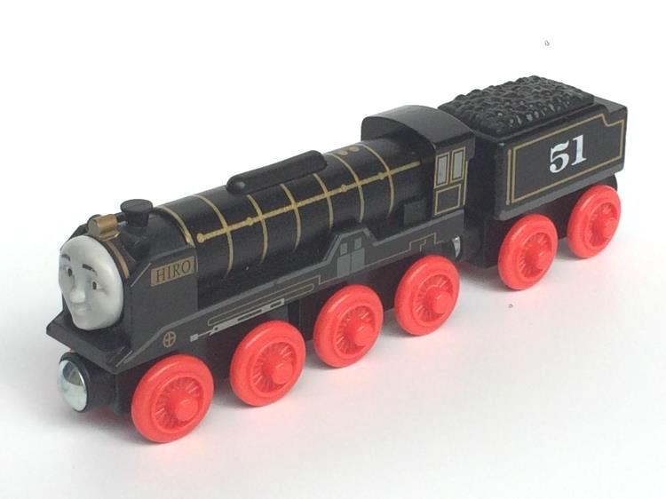 RARE NEW HIRO &TRUCK Original Thomas And Friends Wooden Magnetic Railway Model Train Engine Boy / Kids Toy Christmas Gift(China (Mainland))