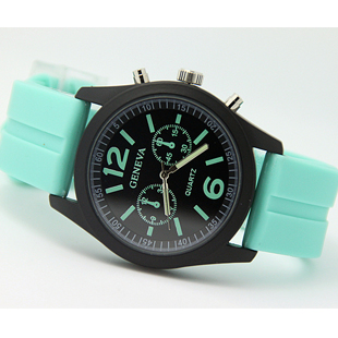 Waterproof luminous Watch Korea Harajuku reported ice cream Candy-colored fashion watches men and women(China (Mainland))