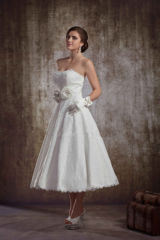 Special Treatment Includes Shipping a piece White Lace Vintage Tea Length Short Wedding Dresses Romantic A