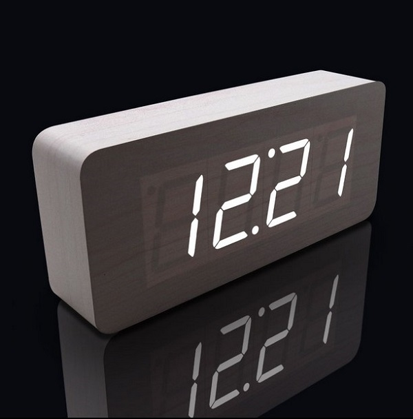 New Arrival Hot Sales Modern Square Or Rectangle Colors Colorful Wooden Bamboo Digital Single Face Thermometer Led Alarm Clock(China (Mainland))