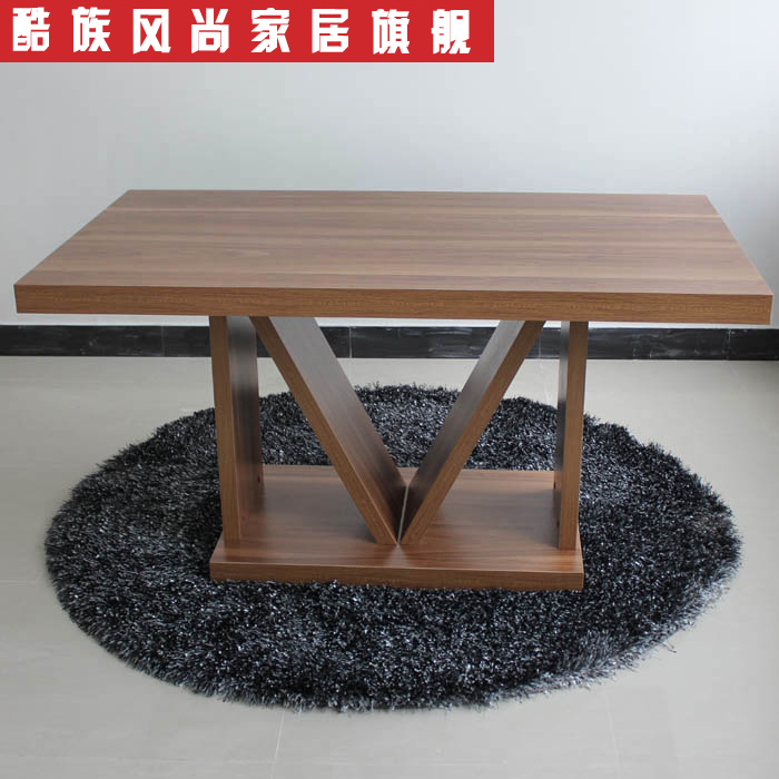Simple and stylish solid wood dining table wooden dining for Innovative dining table