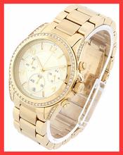 Hot Sales nuevo lujo Gold marca aleación de Reloj relojes Mujer hombre Reloj del diamante Reloj de cuarzo ocasional Reloj de Mujer