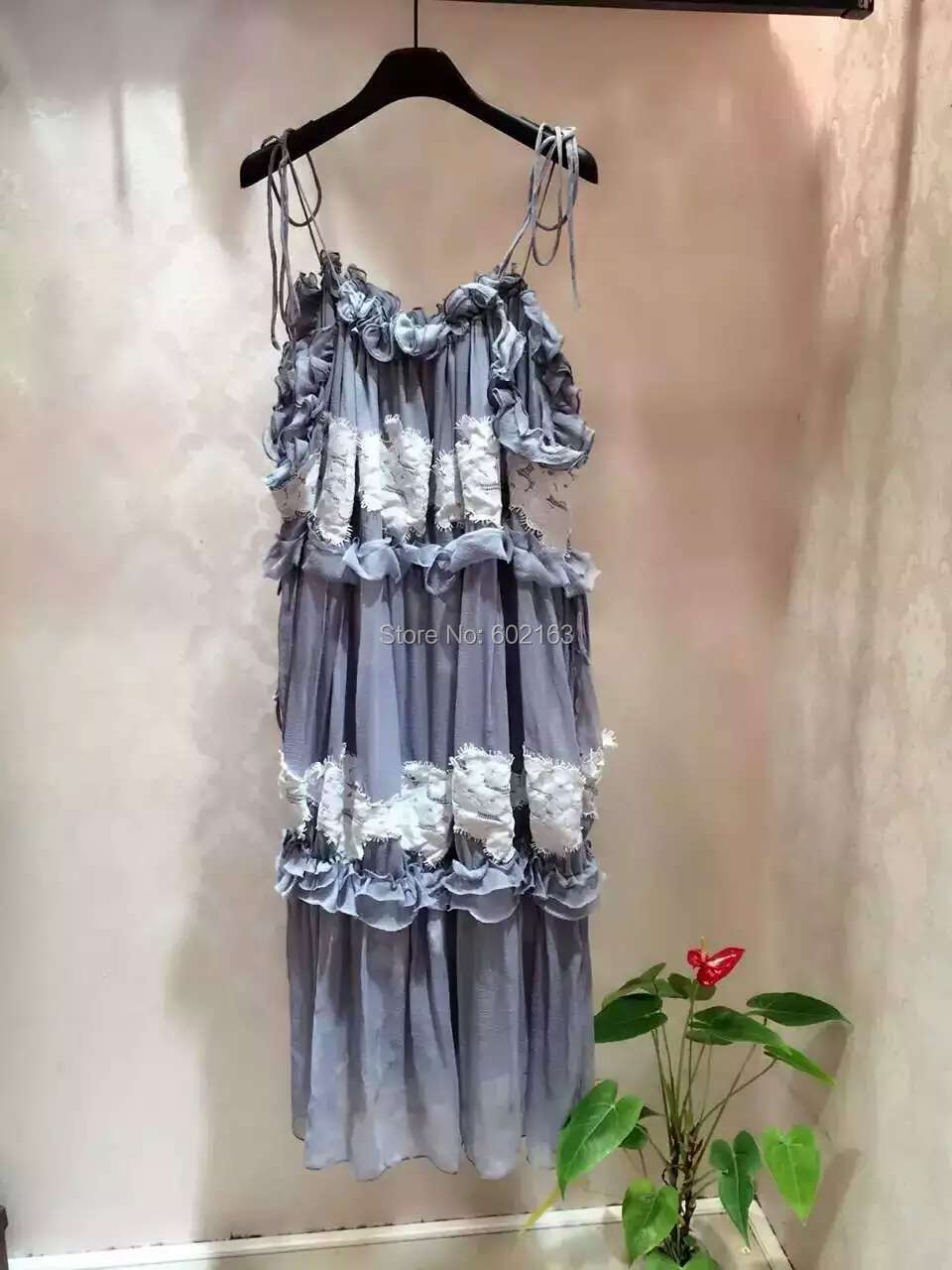 2016 Spring Runway Fashion New Style Summer Dresses Spaghetti Strap Appliques Ruffles Mini Dress Women