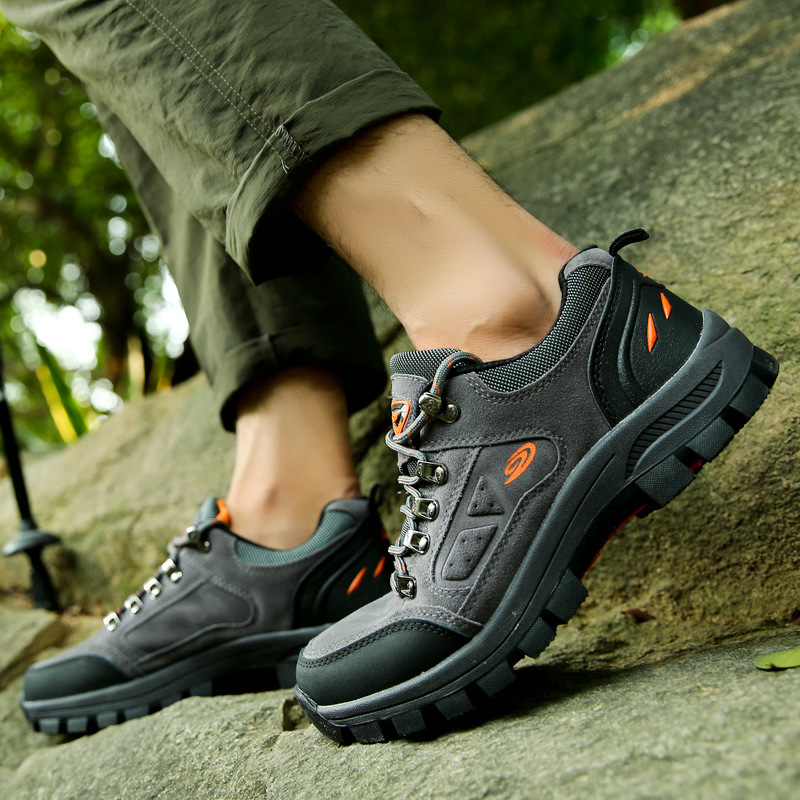 In the fall and winter of 2015 new men waterproof non-slip low mountain shoes outdoor climbing shoes lovers for hiking shoes1318<br><br>Aliexpress