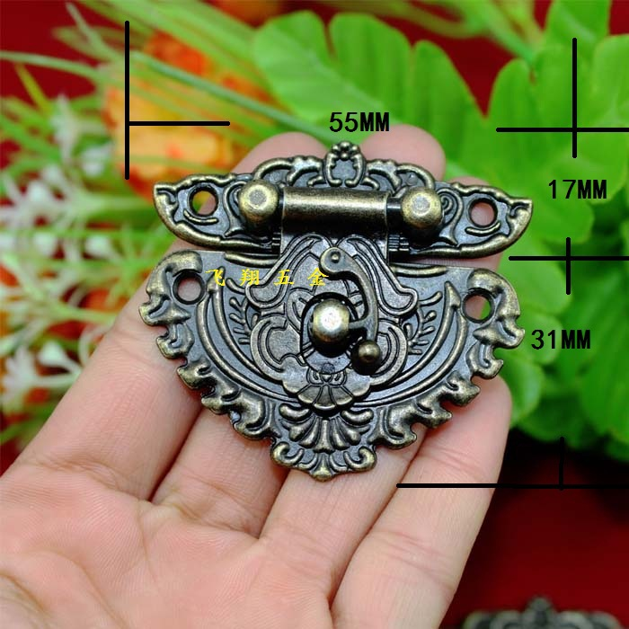 55*48MM 20pcs heart carved vintage antique wooden box buckle latch drawers cabinet hasp padlock alloy wine box hardware hasp(China (Mainland))