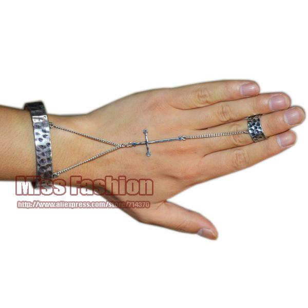 11.11 New Antique Women OX Silver Cross Hand Bracelet Ring 2014 New Slavery Hand Harness Cuff Bangle Bracelet Free Shipping(China (Mainland))