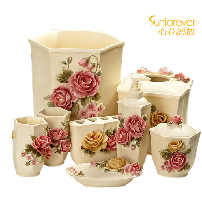 Fashion resin 1099 quality three dimensional relief for Coloured bathroom accessories set