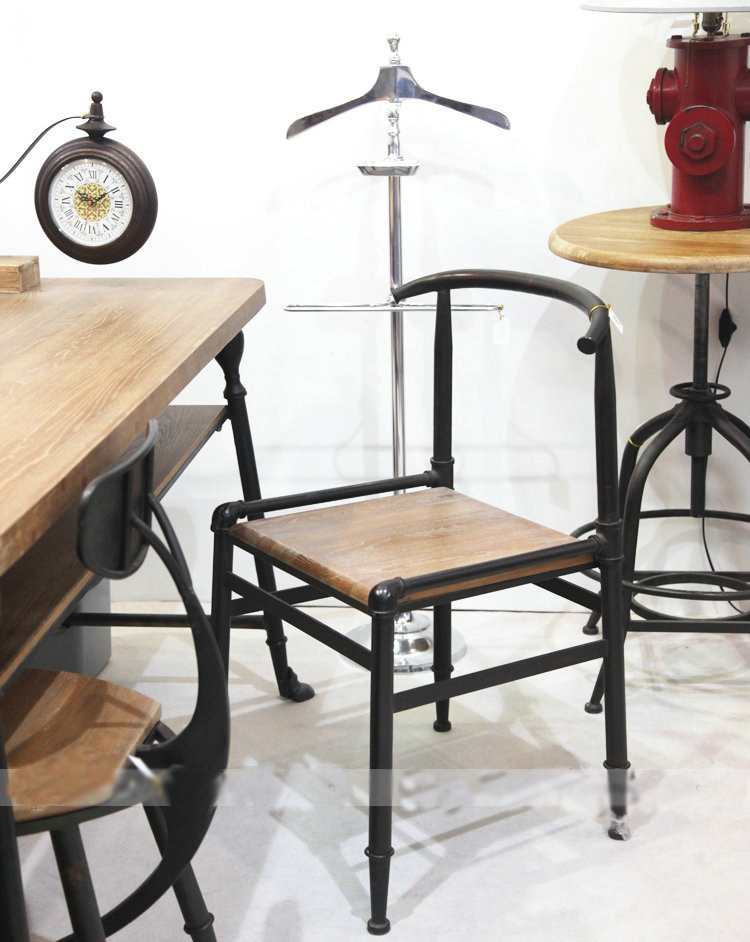 American country rust vintage wood furniture wrought iron chairs