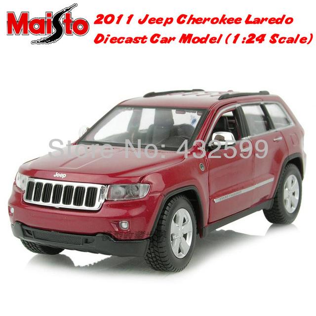 Free Shipping Brand New Maisto 1:24 Scale Diecast Car Model 2011 Jeep Cherokee Laredo SUV Red In Box