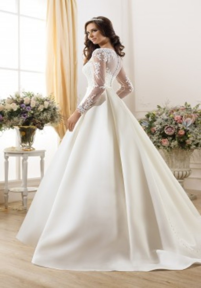 New arrival ball gown long sleeve wedding dresses sweep for Satin and lace wedding dresses