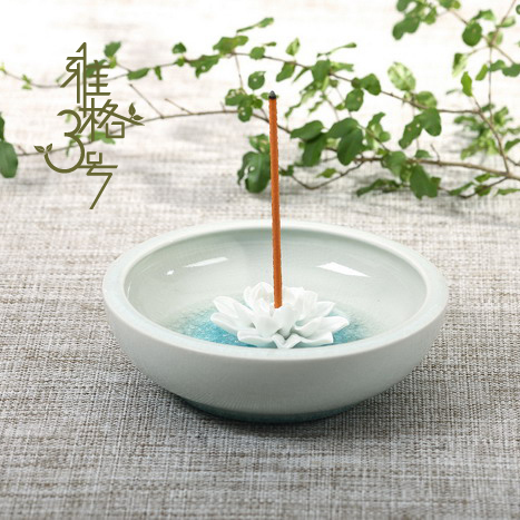 Creative Jingdezhen Ceramic Lotus fragrant incense holder base station wire savory incense furnace filter plug porcelain
