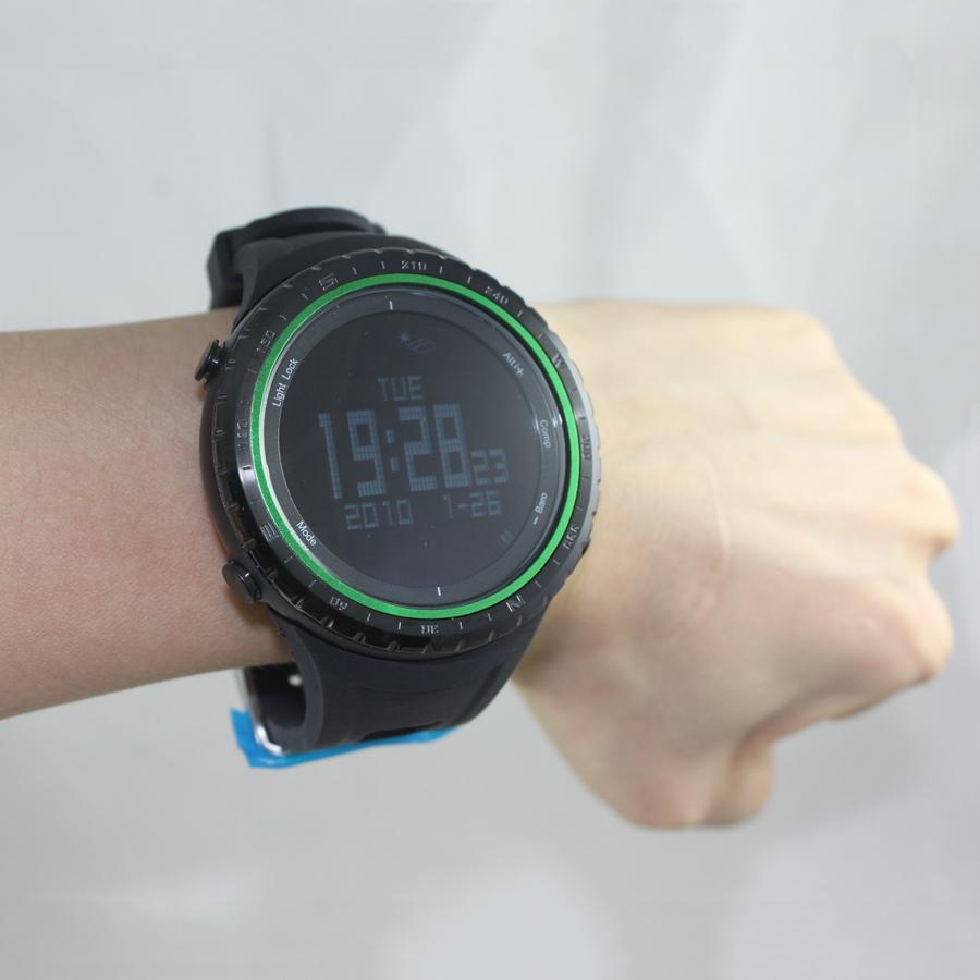 nouvelle mode num rique montres de sport tanche multifonction escalade montre barom tre montre. Black Bedroom Furniture Sets. Home Design Ideas